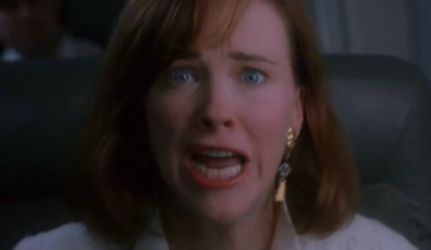 Home Alone 1990 - Catherine O'Hara screams